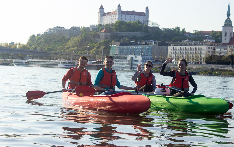 Bratislava dole vodou