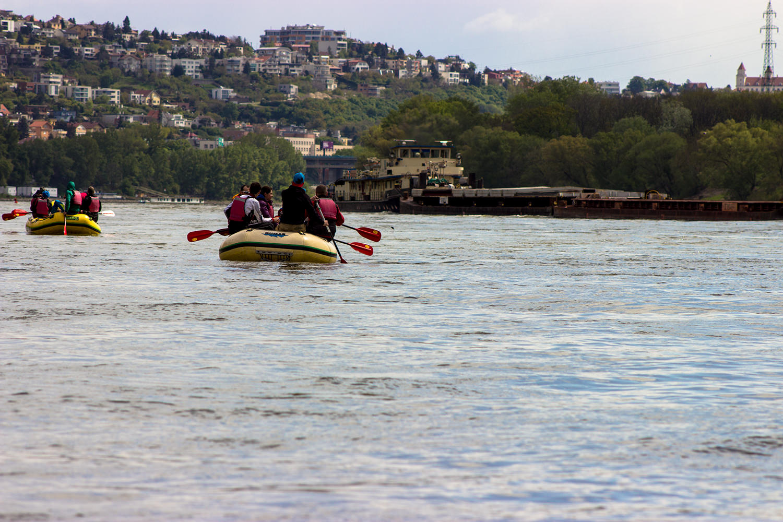 Splav Dunaj, raft